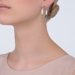 Love earrings White gold