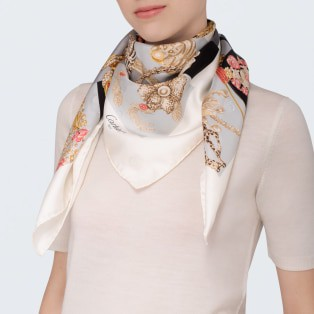 Precious fauna and flora motif scarf Black and white silk twill