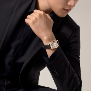 Santos-Dumont watch Extra-large model, hand-wound mechanical movement, pink gold, leather