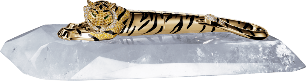 Tiger décor penSolid yellow gold